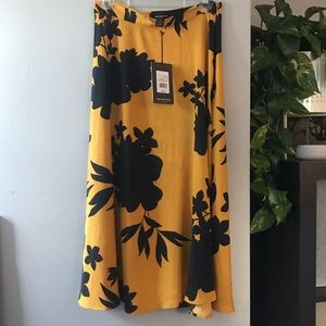 NWT Who What Wear Silky Floral Skirt